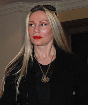Virginia Hey (born June 19, 1952), Australian fashion