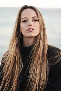 Emma Jouannet