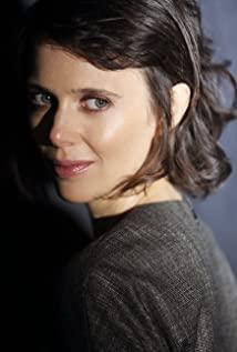 Anne Bolik
